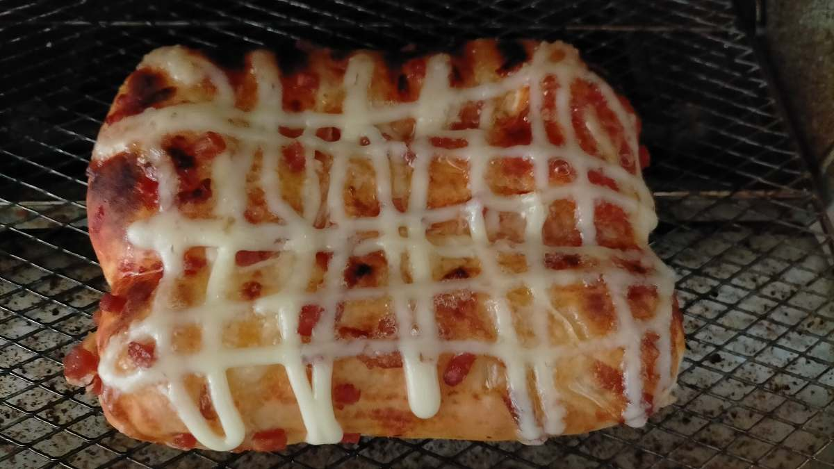 網の上のピザパン