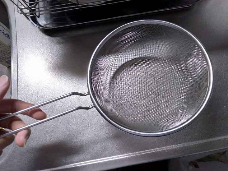 料理に使うザル