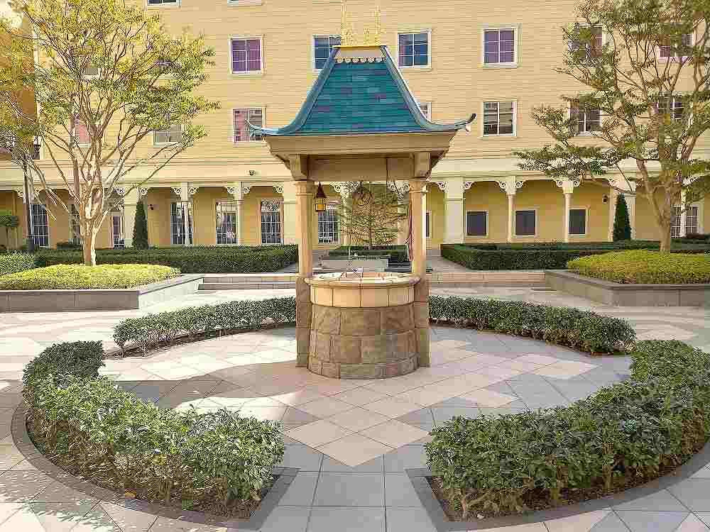 セレブレーションホテルの中庭中央