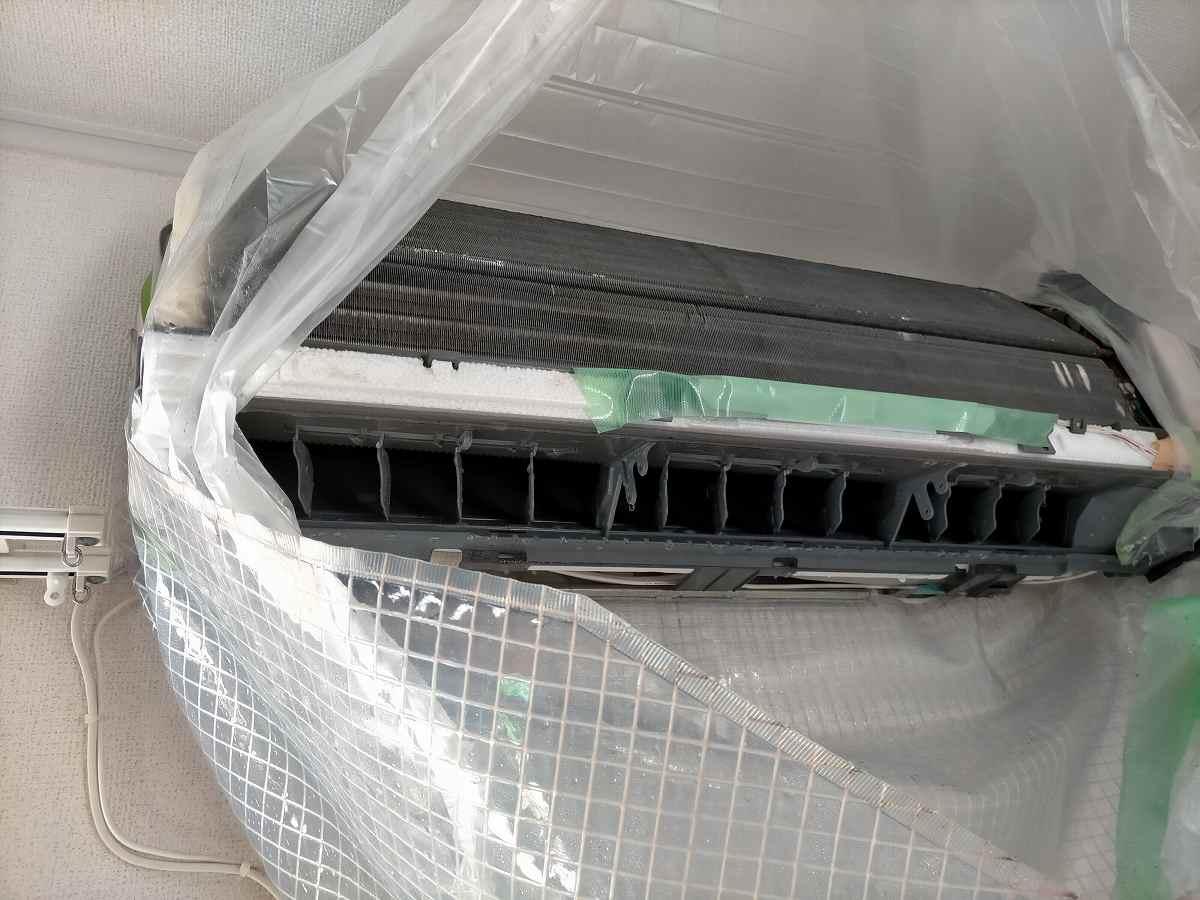 家庭用エアコンの清掃
